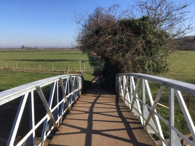 Bridge over River Thames, near Little Wittenham