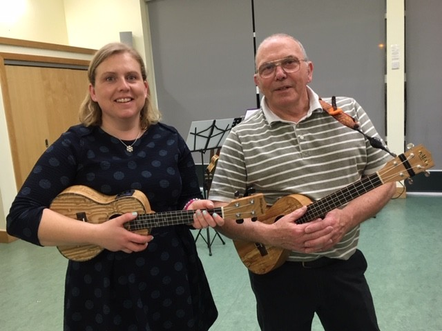 Karina and Simon, our ukulele teachers