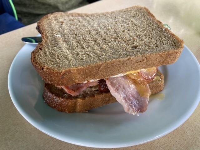 Breakfast sandwich, Style Acre