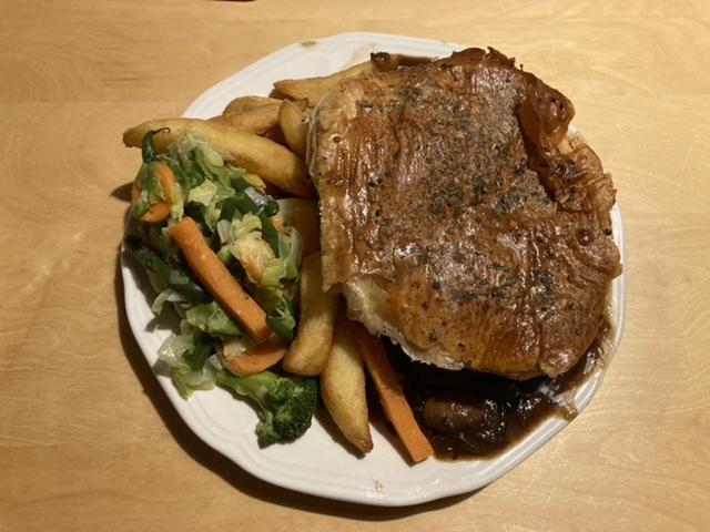 Steak, Guinness and mushroom pie