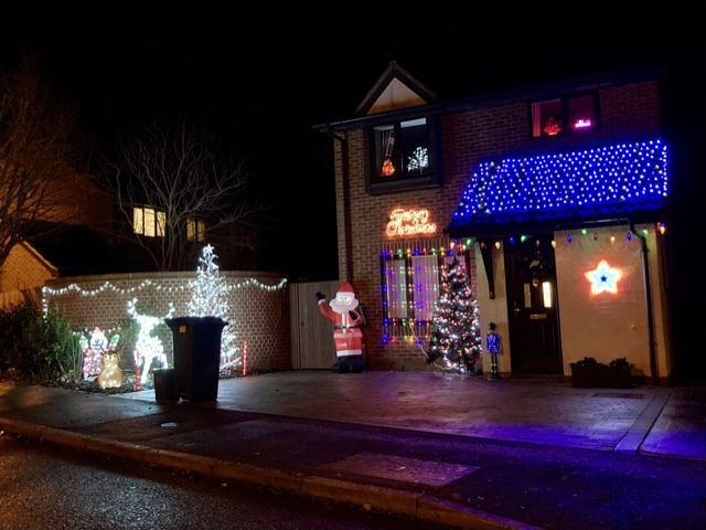 Campion Hall Drive lights, Didcot