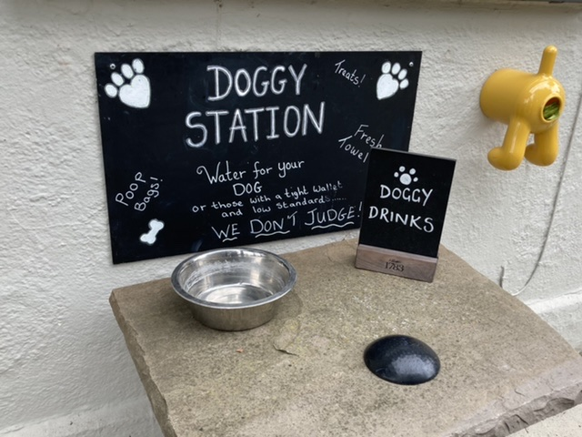 Dogs welcome at The Crown, South Moreton